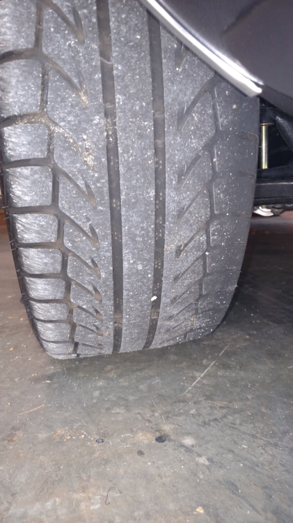 Passenger Front Tire.png
