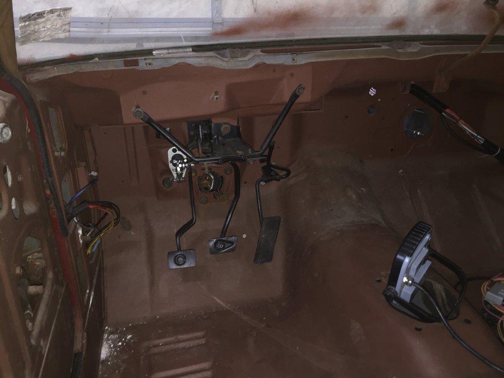 Hydraulic clutch master pedal.jpg